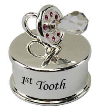 Tandburk med rosa kristaller, 1st Tooth
