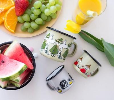 Moomin enamel mug 1,5 dl - Little My (green)