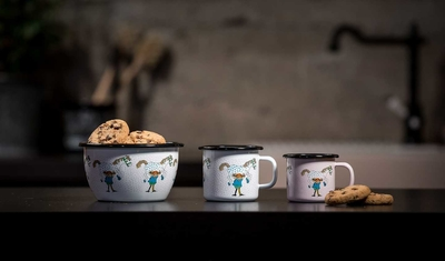 Enamel mug 1,5 dl - Pippi & the Horse, pink